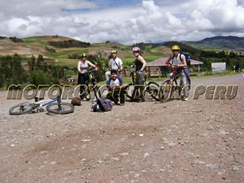 Motorcycle Tour through the Sacred Valley